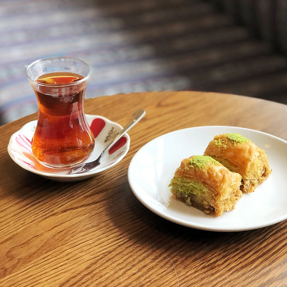 baklava and turkish tea